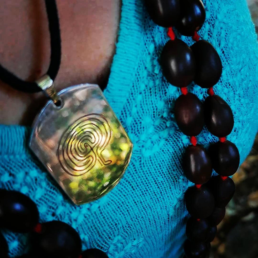 geobiotantra-produits-boutique-ophiussa-amulette-regeneration-protection
